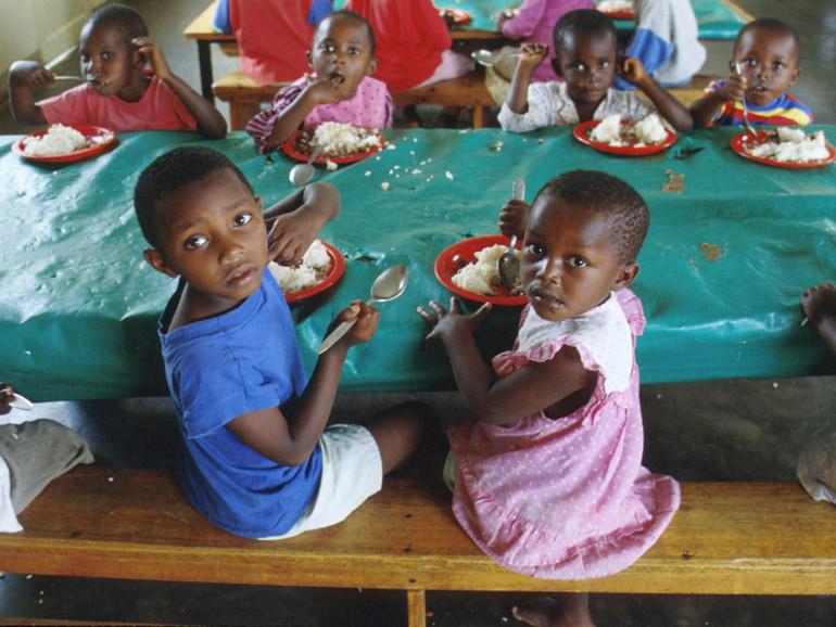 Africa emergenza fame in 30 milioni senza cibo e acqua for Cibo tartarughe acqua