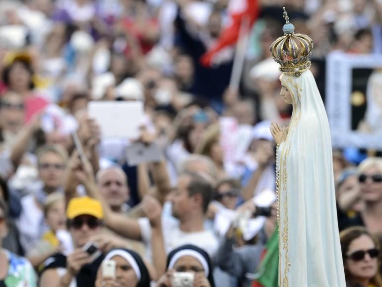 Papa Francesco, messa a Fatima: diventano Santi i due pastorelli