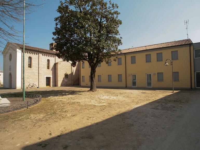 Una nuova casa per la comunit di conche chiesa for Costo per costruire una nuova casa