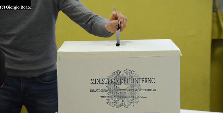 Toniolo ricerca home la difesa del popolo for Diretta camera deputati